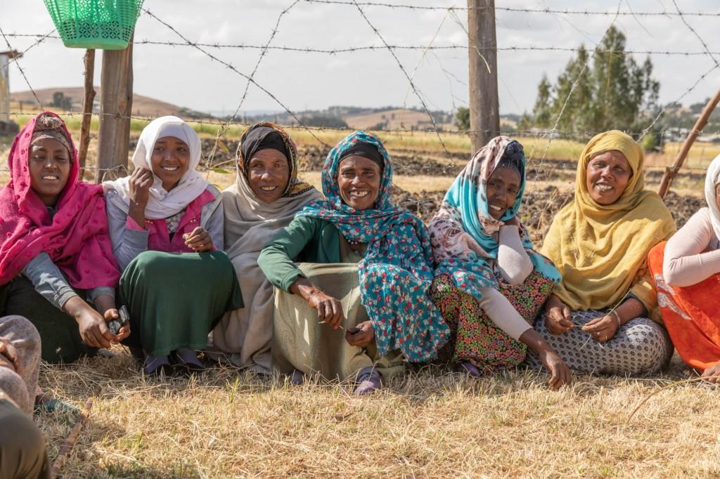 Gruppo di donne sorridenti